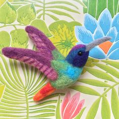 Hummingbird Needle-felt Wool Brooch by MeMeForest on Etsy Needle Felted Animals, Felt Animals, Wool Felt, Felted Wool, How To Felt Wool, Felt Brooch, Brooch Pin, Felt Birds, Felt Decorations