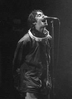 Andy Biersack Discover Liam Gallagher Print Poster by Liam Gallagher Oasis, Noel Gallagher, Liam Gallagher 1994, Oasis Band, Britpop, Arctic Monkeys, Trap, Music Love, Celestial