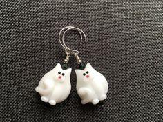 White Cat Lampwork Earrings, Unique Earrings, Kitty Earrings, Glass Bead Animal Earrings, Pet Earrings, Lampwork Jewelry, Beadwork Earrings
