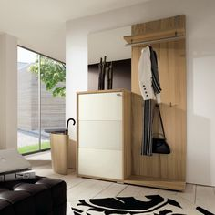 Vestibule-with-wooden-umbrella-stand
