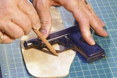 How to make a leather holster - Tracing the gun