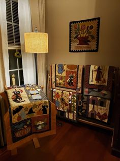 Quilt Display, Miniature Quilts, Applique Designs, Liquor Cabinet, Clever, Quilting, Miniatures, Crafty, Decorating
