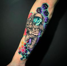 Hi, here are some amazing hand tattoos that you will find interesting. These tattoos are pretty cool and spunky. Galaxy Tattoo Sleeve, Space Tattoo Sleeve, Geometric Sleeve Tattoo, Skull Sleeve Tattoos, Sleeve Tattoos For Women, Arm Tattoo, Body Art Tattoos, Hand Tattoos, Tattoos For Guys