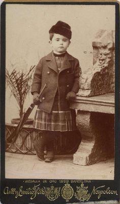 Napoleón: niño con juguete - rifle, CDV 1890.  Hesperus´ Collection