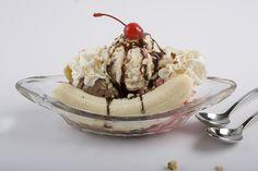 hooray for national banana split day! » lens and ladle   food ...