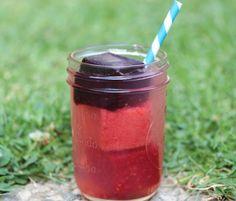 Slow melt berry lemonade cooler