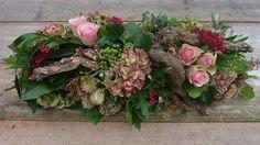 Church Flowers, Funeral Flowers, Fall Flowers, Love Flowers, Beautiful Flowers, Art Floral, Deco Floral, Floral Design, Grave Decorations