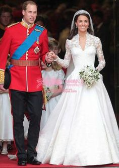 Britain Prince William & Kate Satin/Lace V-neck Ball Gown with Embroidery Royal Wedding Dress (WDS010472)