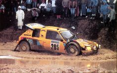 http://images.forum-auto.com/mesimages/689320/1987VatanenParisDakard.jpg