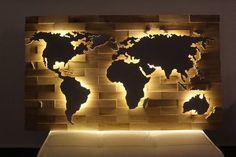 Living room diy wall art world maps new Ideas World Map Decor, World Map Wall Art, Art World, Map Wall Decor, Diy Wall Art, Wood Wall Art, Diy Wand, Wall Design, House Design