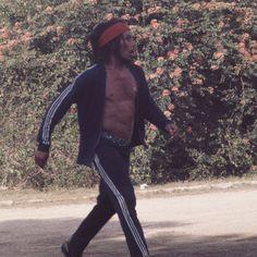 Sun is shining The weather is sweet Makes you want to move Your Dancing feet. Bob Marley Legend, Reggae Bob Marley, Bob Marley Pictures, Marley Family, Rasta Man, Reggae Style, Robert Nesta, Nesta Marley, The Wailers