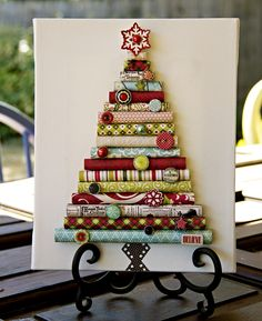 Christmas Tree decoration using bits of rolled paper