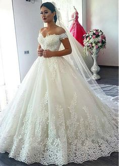Fascinating Tulle Off-the-shoulder Neckline Ball Gown Wedding Dress With Beaded Lace Appliques