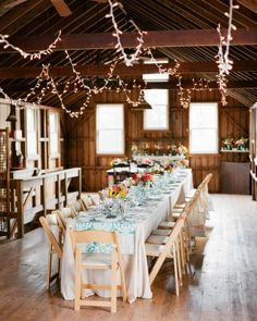 Guests enjoyed cheese, bread, jam, and honey pairings before sitting down to dinner. Bread baskets were filled with challah and Irish soda bread in honor of the brides' roots.