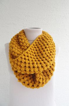 Bubble Infinity Scarf Loop Circle Wool Scarf Thick by LedaDesign Loom Knitting, Knitting Patterns Free, Knitted Hats Kids, Crochet Diy, Wool Scarf, Crochet Clothes, Men Scarf, Infinity Scarfs, Chunky Scarves