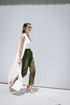 FLYING AWAY - Lovely Pepa by Alexandra. White top+brown pants+nude heeled sandals+white long vest+white shoulder bag. Summer outfit 2016