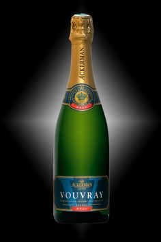 Vouvray by the House of Ackerman. 100% Chenin blanc (Pineau de Loire) - Fresh, well-balanced and mineral on the palate with aromas of walnut, cake and green apple.