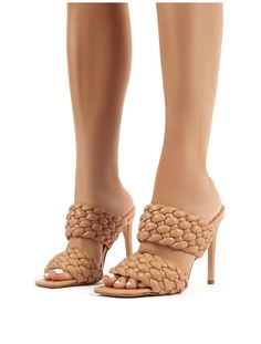 India features a statement woven mule style upper with a stiletto high heel. Unique Fashion, Teen Fashion, Fashion Shoes, Fashion Accessories, High Heels Stilettos, Stiletto Heels, Shoes Heels, Perrie Edwards Style, Public Desire Shoes