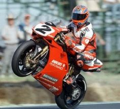 "RM Style - MOTO PASSION: O ""Rei"" Carl Fogarty"
