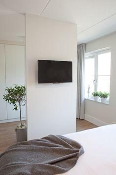 Bedroom Bed Design, Bedroom Wall, Master Bedroom, Bedroom Decor, Bedroom Divider, Living Room Divider, Apartment Interior, Sweet Home, My Room