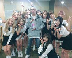 우주소녀💕(@wjsn_cosmic) • Instagram https://www.instagram.com/p/BJxZ4nNgKXh/  #우주소녀 #WJSN #Wu_Ju_So_Nyeo #宇宙少女 #COSMIC_GIRLS  / [MV] 우주소녀(WJSN)(COSMIC GIRLS) _ 비밀이야 (Secret) - YouTube https://www.youtube.com/watch?v=_uJxJ7tSi1w  / [Dance Practice] 우주소녀(WJSN) _ 비밀이야 (Secret) - YouTube https://www.youtube.com/watch?v=6936eOyflMk