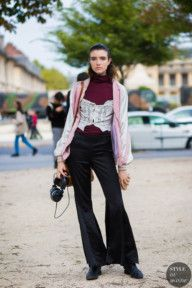 STYLE DU MONDE / Paris SS 2017 Street Style: Grace Hartzel  // #Fashion, #FashionBlog, #FashionBlogger, #Ootd, #OutfitOfTheDay, #StreetStyle, #Style