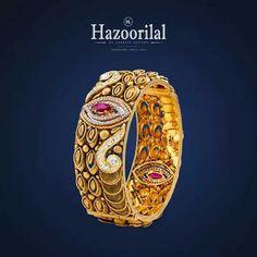 Patla  Patla Bridal Jewelry, Gold Jewelry, Women Jewelry, Emerald Cut Diamonds, Diamond Cuts, Pakistani Jewelry, Gold Bangles Design, India Jewelry, Jewelry Collection