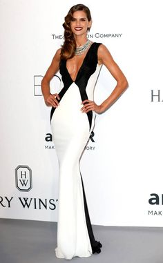 Izabel Goulart from 2015 amfAR Gala: Star Arrivals at the Cannes Benefit Perfection, thy name is Izabel. The Brazilian model goes for monochrome in this slim-fitting white-and-black Gyunel number. Izabel Goulart, Milan Fashion Weeks, London Fashion, Cocktail Gowns, Sartorialist, Brazilian Models, Victoria Secret Fashion Show, Red Carpet Looks, Art Design