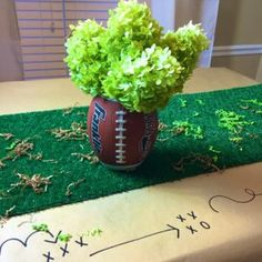 Center Piece in a Snap! ⋆ Certified Celebrator with Brittany Young Football Banquet, Football Cheer, Football Tailgate, Football Birthday, 70th Birthday, Tailgating, Football Centerpieces, Football Party Decorations, Party Centerpieces