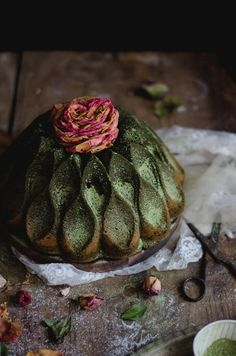 MATCHA RASPBERRY BUNDT Can a Bundt cake be beautiful? If you've ever scrolled through the dozens upon dozens that fill up Pinterest, then you know the answer is yes.
