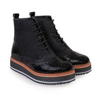 e977e674dfc Oxford Women's Black Boots SAGS with Laces. Γυναικεία μαύρα μποτάκια oxford  με κορδόνια.
