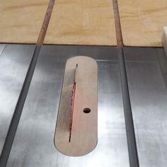 테이블쏘와 놀기 - 4. 없으면 아쉬운 테이블쏘를 위한 지그와 악세사리 10가지 : 네이버 블로그 Table Saw, Wood Carving, Diy And Crafts, Woodworking, Tools, Home Decor, Sierra, Wood Sculpture, Instruments