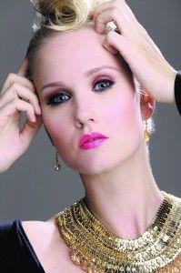 Maquillaje y accesorios según Josefina Herrera