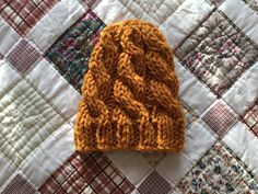 Knit Beanie, Beanie Hats, Crochet Gifts, Knit Crochet, Chunky Wool, Baby Cardigan, Knits, Hand Knitting, Knitted Hats