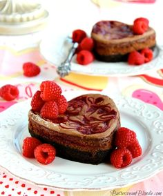 Raspberry Swirl Chocolate Truffle #Cheesecake is the ultimate Valentine's Day dessert! | ButtercreamBlondie.com
