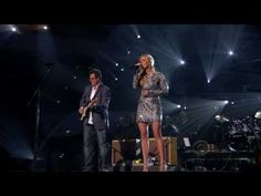 "Carrie Underwood - ""How Great Thou Art"" w/Vince Gill on ABC's 'Girls' Night Out' Special '11 :D"