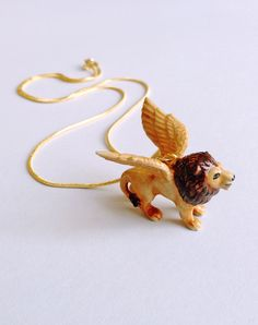 Beautiful winged lion necklace