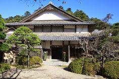 Google+ Adachi Museum, Cabin, Japanese, Mansions, House Styles, Garden, Google, Home Decor, Garten