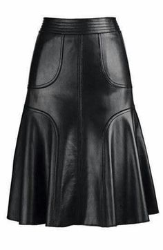 Fall fashion: Leather A-Line Skirts scaft skirt tutorial Passion For Fashion, Love Fashion, Winter Fashion, Womens Fashion, Fashion Design, Fashion Models, Mode Style, Style Me, Mode Monochrome