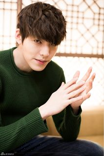Korea Model모델 /Idol아이돌: 金宇彬 - 新浪娛樂採訪
