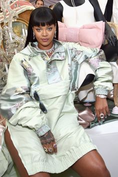 April Rihanna at the FentyxPuma Pop Up shop in LA. Looks Rihanna, Best Of Rihanna, Rihanna Fan, Rihanna Style, Bad Gal, Women Lifestyle, Celebs, Celebrities, Woman Crush
