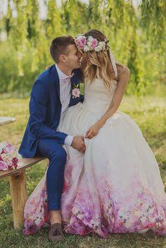Daalarna bride Barbara chose this flower printed silk organza gown for her wedding day