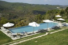The Borgo di Pietrafitta rental vacation apartments and B&B accommodations in the heart of Chianti offer a panoramic position and many home comforts. Holiday Apartments, Vacation Apartments, Weekly Rentals, Home Comforts, Siena, B & B, Countryside, Farmhouse, Cottage
