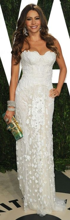 Fashion  Sofia Vergara at the 2013 Oscar Vanity Fair Party