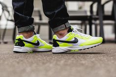 The Nike Air Icarus NSW White Volt is available now. Take a look for stockist information. Nike Icarus, Vans Sneakers, Air Max Sneakers, New Sneaker Releases, New Trainers, Sneaker Magazine, Sport Wear, Nike Sportswear, Mens Fashion