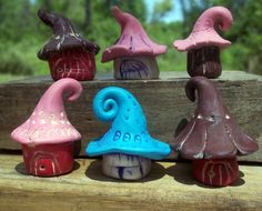 Fairy Houses for Container Garden or Terrarium. Starting at $10 on Tophatter.com! Frog House, Toad House, Diy Clay, Clay Crafts, Garden Frogs, Minis, Clay Paint, Clay Houses, Clay Projects