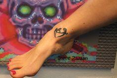 voet  tattoo ontwerp door Tattoo Abstruse Irene Zwaan - Brabant www.abstruse.nl