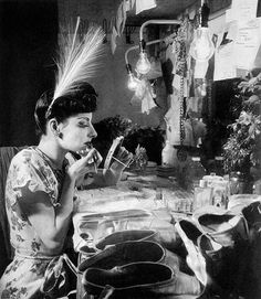 Alicia Alonso in her dressing room at the London Theatre Ballet in 1946
