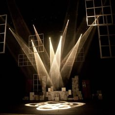 Lighting is an essential part of theatre. It can completely change the tone, mood and atmosphere on stage and in this article, we look at some of the techniques used in theaters. Stage Lighting Design, Stage Set Design, Theatre Design, Types Of Lighting, Pompeii, Luxor, Desgin, Statues, Jamie Hewlett