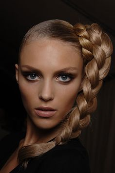 What I think my natural hair color is.. I like!
